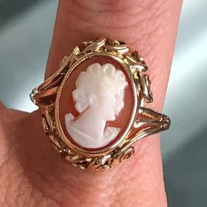 Antique 10k Gold Cameo Ring
